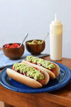 Chilean Recipes, Chilean Food, Hot Dog Buns, Hot Dogs, Deli, Cupcake Cakes, Sandwiches, Bread, Health