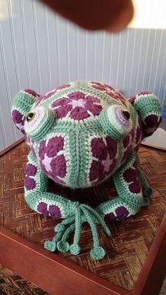 Ravelry: CindyEggleston's Plum Frog