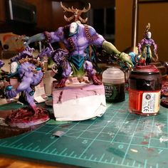 Wrapping up some gruesome work on this #wipwednesday.  #warmongers #grotesques #wracks #darkeldar #haemonculuscoven #haemonculi #haemonculus #coven #eldar #warhammer40k #gamesworkshop #gw #hobby #tabletopgaming #wh40k #40k #painting #twitter #modernsynthesist