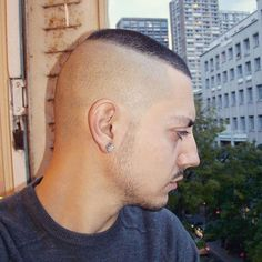20 Neat High and Tight Haircuts for Men. We have you covered with these cool high and tight haircuts for men. Thin Hair Haircuts, Best Short Haircuts, Cool Haircuts, Haircuts For Men, Short Hair Cuts, Short Hair Styles, Haircut Short, Men's Haircuts, Funky Hairstyles