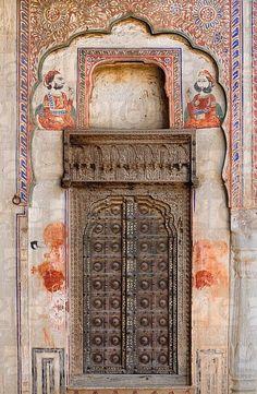 India, Rajasthan, Shekhawati, Mandawa, Harlalka Chhatri circa 1850 V58-1287031 © Christophe Boisvieux                                                                                                                                                     More