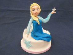 Elsa tra i Ghiacci - http://tortedecorate.eu/elsa-tra-i-ghiacci/