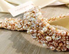 Artículos similares a Polvo rosa y amatista cristal novia diadema - Swarovski cristal nupcial Bandeau --de-único mano-moldeadas - Vintage Glamour-TheLUXE en Etsy