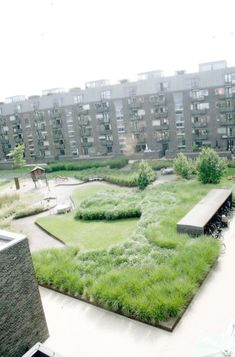 Beautiful green landscaping - project Charlotte Garden by SLA \/ Stig L. Andersson