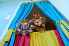 I'm going to attempt to make this puppet theater for my neices for Christmas. Need 2 clothes rods and some colorful fabric. Make the top ones go to the floor and it will work as regular theater curtains too! Winter Crafts For Kids, Winter Fun, Diy For Kids, Long Winter, 4 Kids, Kid Crafts, Children, Indoor Activities For Kids, Games For Kids
