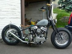 This bike with some clip-ons instead of ape hangers would be sick #harleydavidsonchoppersapehangers