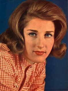 Lesley Gore,  born in Tenafly, NJ
