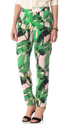 Banana Leaf Pants. These would make me so very happy.