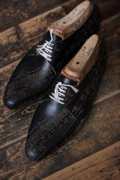 ilquadrifoglio: il Quadrifoglio by Atsushi Qnai J.S.Bach Autograph Score, Laser Engraving Leather Try on Shoes Calzature Su Misura, prodotto di KOBE fatto a mano