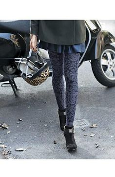 Paisley tights