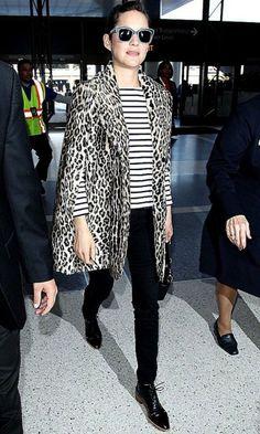 marion-cotillard-arrives-at-the-los-angeles-international-airport