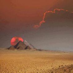 As majestosas pirâmides do Egito.                                                                                                                                                                                 Mais