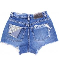 Obsessed! I will totally be rocking high-waisted shorts this summer!