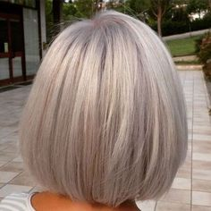 60 Gorgeous Gray Hair Styles Silver Blonde Bob Source by sheilavoii Grey Blonde, Blonde Bobs, Medium Hair Styles, Short Hair Styles, Grey Bob, Grey Hair Bob, Silver Grey Hair, Great Hair, Fine Hair