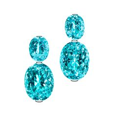PARAIBA TURMALINE During the late in the federal state of Brazil, Paraiba tourmaline crystals were found of such extraordinary luminosity like. Gems Jewelry, High Jewelry, Pierre Turquoise, Tourmaline Earrings, Gemstone Colors, Beautiful Earrings, Jewelry Collection, Gemstones, Crystals