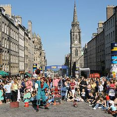 So excited to go to the Fringe Festival in Edinburgh! Edinburgh International Festival, Scottish News, Scotland Travel, Scotland Trip, Edinburgh Fringe Festival, Next Holiday, Travelogue, Great Memories, Cool Places To Visit