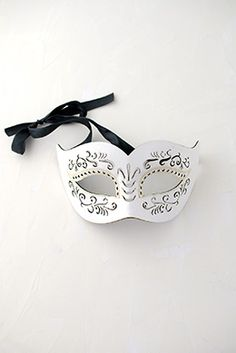 . Masks, Blank Masks. Blank masks in different sizes and Mardi Gras half masks. Some of our blank white masks are already pre-primed and ready to be painted....