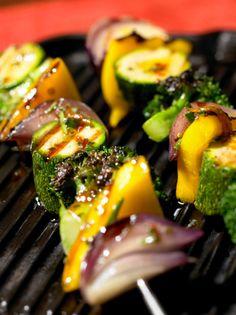 Verduras y hortalizas a la parrilla: recetas y métodos. Clic en la imagen para ver las recetas.