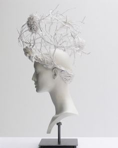 Chanel haute couture s/s 2009, headdress by katsuya kamo made of flowers and thorns