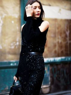 look cut out shoulder dress total black