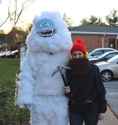 10 handmade halloween costumes for adults snowman handmade bumble the abominable snowman and yukon cornelius costumes solutioingenieria Gallery