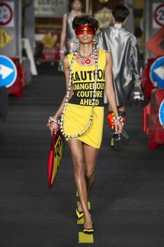 Image via We Heart It #dress #fashion #girl #model #Moschino #outfit #runway #style