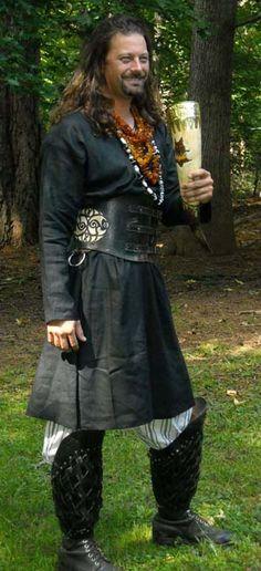 SCA+garb | Linen Garb - Authentic Linen Tunics. SCA Garb for Medieval Renaissance ...