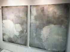 Feeling inspired.....not sure these 150x120cm canvases are resolved but interested by them..... Thanks @richardwhadcock and @galeriebiesenbach #art #abstract #painting #studio #atmosphere #texture #surface #palette