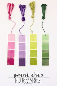 Paint Chip Bookmarks - a simple & inexpensive way (it'll only cost ya about to create a pretty little bookmark! Bookmarks for everyone - let's READ! Creative Crafts, Fun Crafts, Crafts For Kids, Paper Crafts, Paint Chip Art, Paint Chips, Diy Marque Page, Diy Bookmarks, Homemade Bookmarks