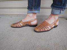 Vintage HUARACHES woven LEATHER huarache SANDALS by DstudioVintage
