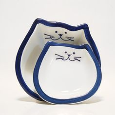 I have one of these cat dishes and it's used by ... guess who... the cat.
