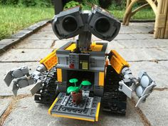 Here's your first look at Lego's new WALL-E set #lego #walle #geek