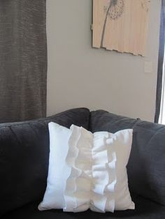 Adorable pillows DIY!!!  I need a sewing machine!