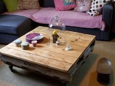 101 1197 600x450 Living room pallet table in living room furniture  with Pallets Living Room DIY Coffee table