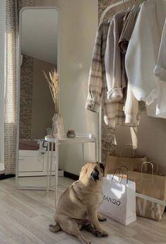 Aesthetic Room Decor, Beige Aesthetic, Aesthetic Clothes, Room Ideas Bedroom, Bedroom Decor, Minimalist Room, Dream Apartment, Cozy Room, Dream Rooms