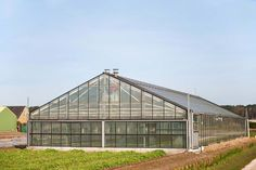 Become a Millionaire on One Acre with Aquaponics #hydroponicssystem