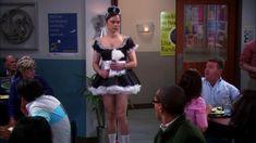 Big Bang Theory Funny, Maid Outfit, Nice Legs, Funny Moments, Bigbang, Memes, Bangs, Photo Editing, Tv Shows