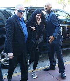 Ekpo Esito Blog: Kylie Jenner arrives Miami for the Sugar Factory o...