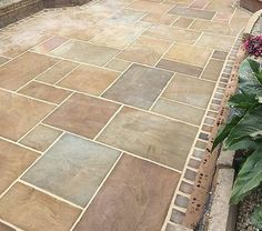 Indian Sandstone Paving - Natural Stone Patio Flags - Garden Slabs Pack Awesome Paver Patio Ideas with Building Tips That Really Pops Paving Stone Patio, Sandstone Paving, Patio Slabs, Paver Walkway, Paved Patio, Brick Patios, Paving Stones, Concrete Patio, Stone Patios