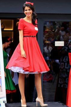ba03b9e5dde Šaty na redový tanec - Svadobný a spoločenský salón EvaMária
