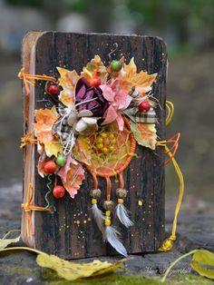 """Alena Prozorovskikh: Notepad """"The Breath of Autumn"""" Mini Albums, Mini Scrapbook Albums, Altered Books, Altered Art, Album Maker, Old Book Crafts, Mixed Media Cards, Puppet Crafts, Handmade Journals"""