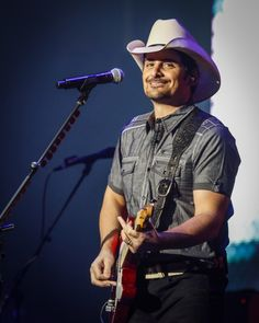 Brad Paisley is one happy cowboy during a performance on Nov. 15 in Kingston, Ontario