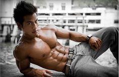 Mehr Muskeln und mehr Fett Kostenlos lesen ➨ http://j.mp/1RhNTsd