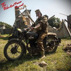 We loved seeing all of the fantastic vintage and military motorcycles at The War…