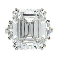 Rare Emerald Cut 17.98 carat Diamond Ring GIA H Internally Flawless