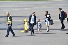 Princess Estelle and Prince Daniel arrived at the airport,ready to celebrate Crown princess Victoria 40th birthday