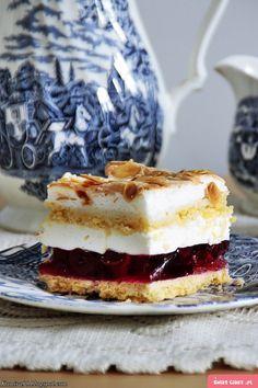 Ciasto zemsta teściowej z alkoholem Polish Desserts, Polish Recipes, Cookie Desserts, No Bake Desserts, Potica Bread Recipe, Cake Recipes, Dessert Recipes, B Food, Turkish Recipes