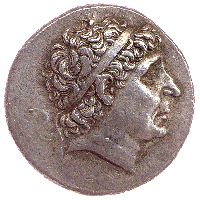 Antiochus I Soter (281-61 BC), silver tetradrachm, Seleucia mint: diademed portrait of Antiochus to r. (obv.) and Apollo seated on Omphalos l. (rev.). This iconography became the standard type of Seleucid silver coins.