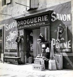 René Zuber - Quincailler à Marseille, 1934.
