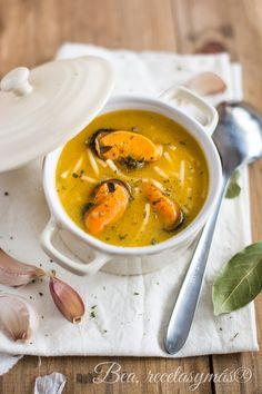 Sopa de mejillones Thai Red Curry, Menu, Pasta, Ethnic Recipes, Food, Baby, Fish Soup, Noodles, Cooking Recipes